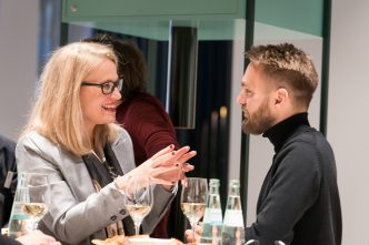 Natalie Häntze (Chefredaktion Design Lodge) im Gespräch mit Johan Fischer (Head of Global Retail Polestar)