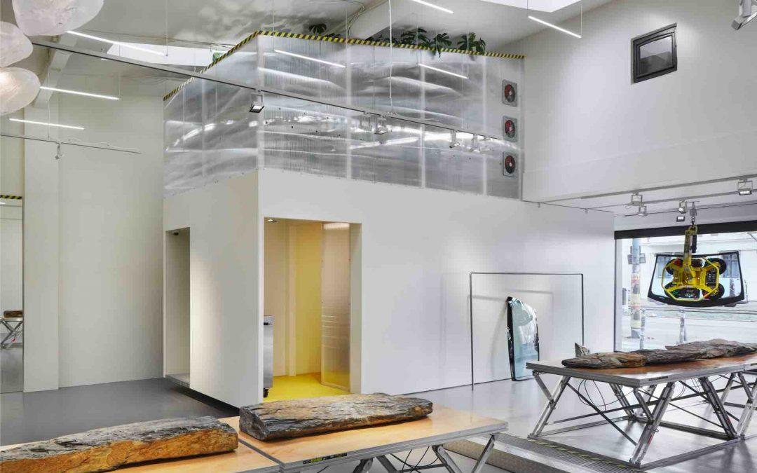 Eine Garage für Urban Art und Luxury Fashion