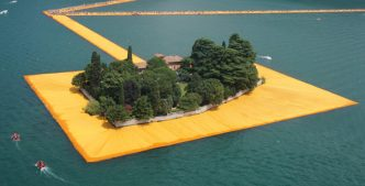 Floating Piers – Christo